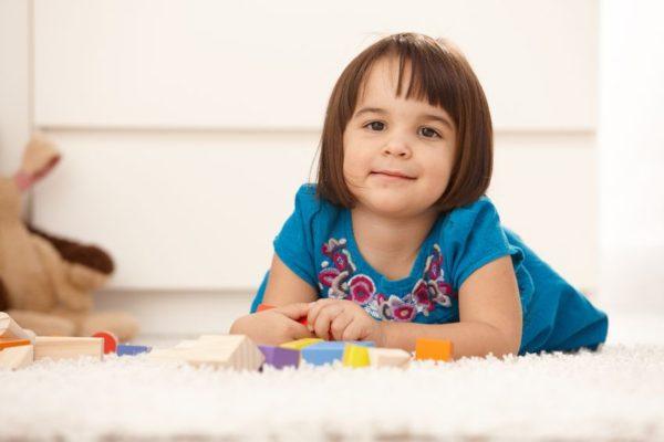 Kleinkinder spielerisch fördern