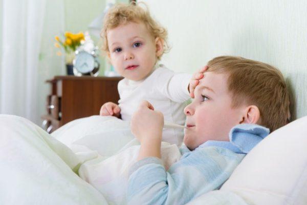 erk ltung und grippe bei kindern symptome und hausmittel socko. Black Bedroom Furniture Sets. Home Design Ideas