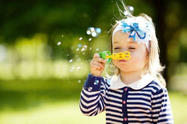 Kinderspiele und Spielideen für Kleinkinder