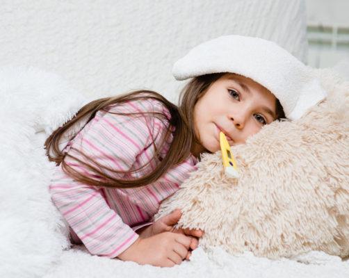 fiebersenkende Hausmittel: Wadenwickel bei Fieber bei Kleinkindern