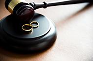 Streit um Unterhalt bei Scheidung vor Gericht
