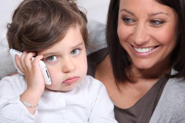 Sprachstörungen bei Kindern, wenn sie stottern oder lispeln