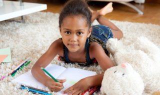 Schule spielen als Schulvorbereitung zuhause