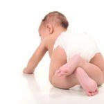 richtige Pflege Windelbereich und Babypo beim Baby