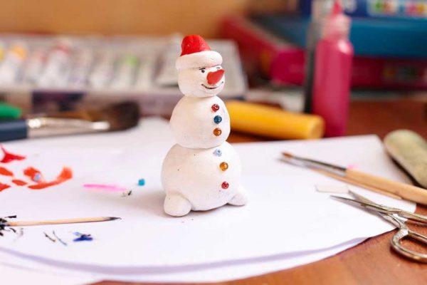 Salzteig: Schneemann basteln mit Kindern