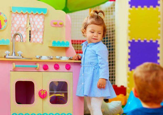 genderspezifisches geschlechtsspezifisches Spielzeug Jungs Mädchen