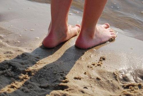 Sandalenlücke (Sandalenfurche)