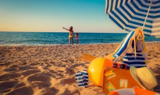 Checkliste Strandtag Kinder: Was muss mit an den Strand?