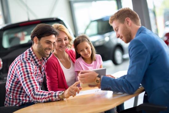Tipps zur Finanzierung vom Familienauto