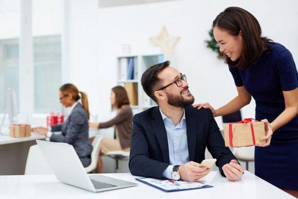 Ideen: Weihnachtsgeschenke für Mitarbeiter